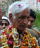 पाकिस्तानः आत्मघाती विष्फोटमा वरिष्ठ मंत्रीको निधन