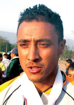 क्रिकेटमा लगानीको बेला हो: पारस खड्का
