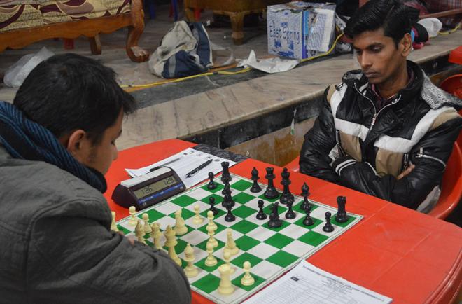 ध्रुबतारा बुद्धिचाल प्रतियोगिताको उपाधि मनिषलाई