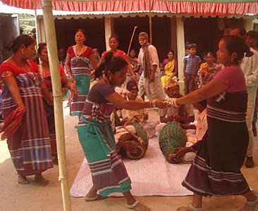 संस्कृति संरक्षणमा राजवंशी: अब किताबमा कोच संस्कार