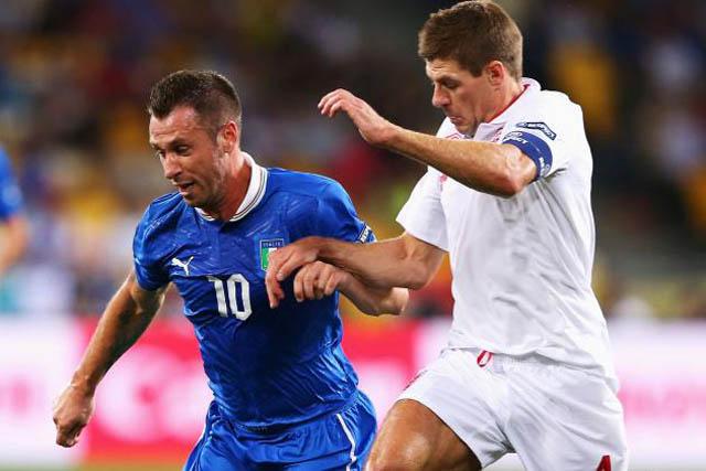 इटलीले इंग्ल्याण्डलाई २–१ ले हरायो