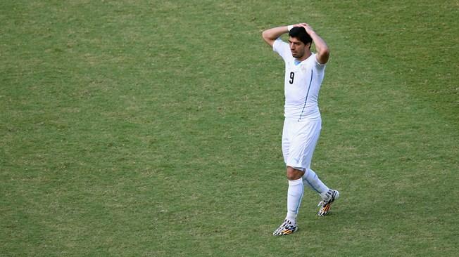 सुआरेजलाई विश्वकपका ९ खेलमा प्रतिबन्ध