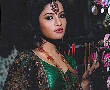 नेपाली नृत्यकी राम्री नृत्यांगना पूर्णिमा