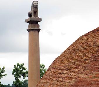 कोलुवाको 'लुम्बिनी' स्तम्भ