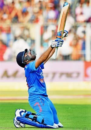 एक दिवसीय क्रिकेटमा रोहित शर्माको विश्व कीर्तिमान