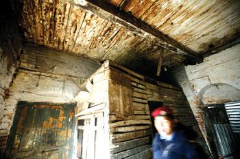 काठमाडौं प्रहरीः आफैं असुरक्षित