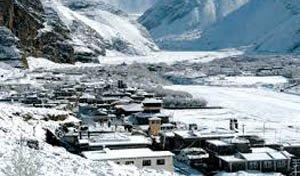 मनाङ र मुस्ताङमा भारी हिमपात