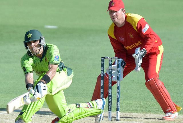 विश्वकप क्रिकेटः जिम्बाबेलाई २३६ रनको चुनौती