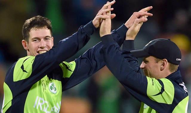आयरल्याण्ड पाँच रनले विजयी