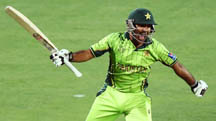 पाकिस्तानलाई सात विकेटले विजयी