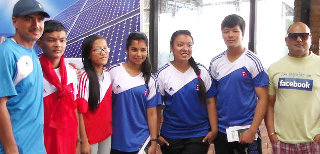 स्वर्ण पदक जितेर नेपाली टोली स्वदेश फिर्ता