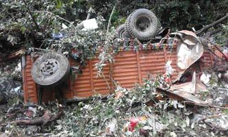 ट्रक दुर्घटनामा दुईको मृत्यु