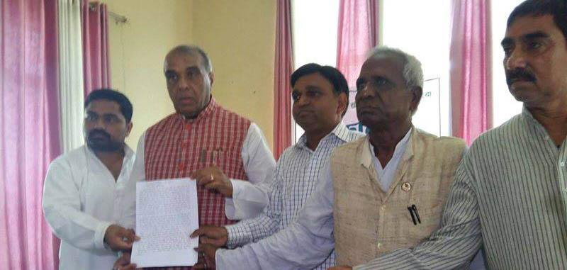 कपिलवस्तुका चार नेता भारतीय सांसद भेट्न नौगढ पुगे