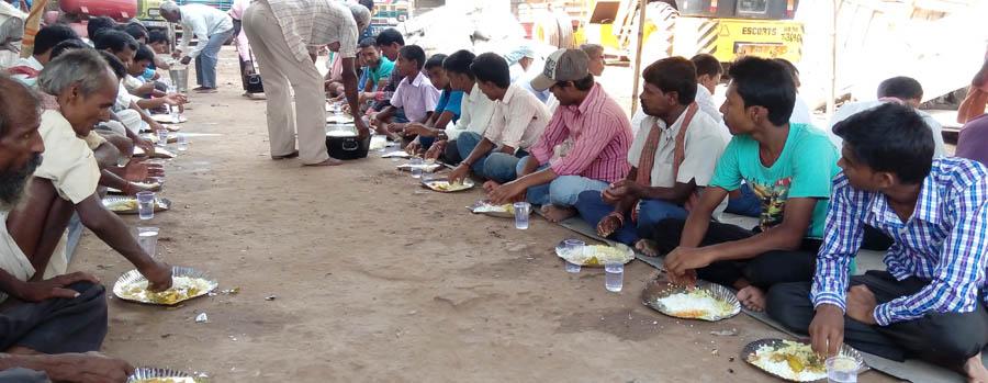 वीरगञ्जमा धर्ना, भारतमा भोज
