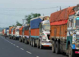 भारतबाट इन्धन आयात ठप्प